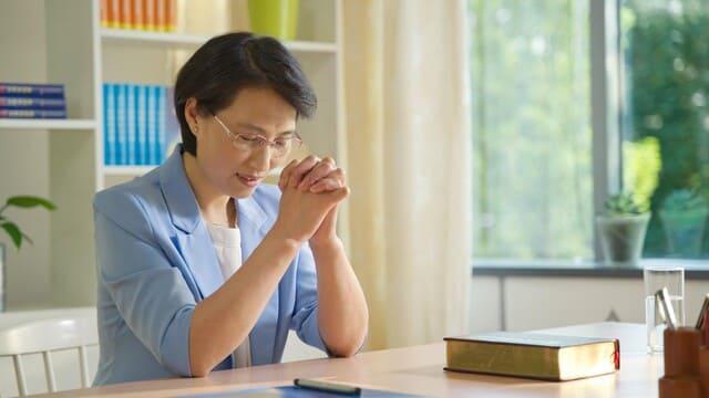 È molto importante stabilire un rapporto adeguato con Dio