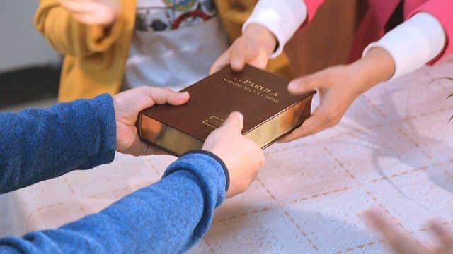"""una cattolica ha ottenuto il libro """"La parola appare nella carne"""""""